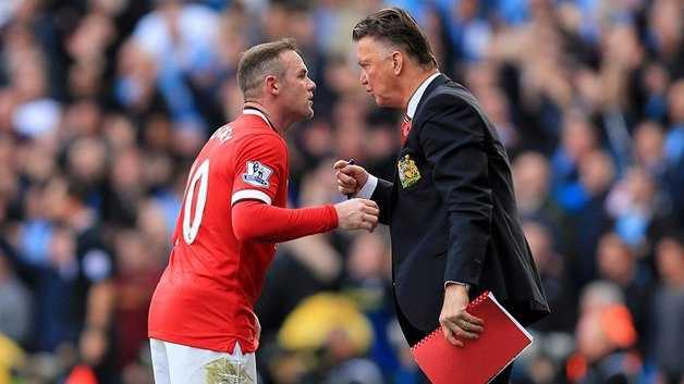 Rooney tiếp tục chơi dưới sức, Van Gaal sẽ trảm ngay không suy nghĩ?