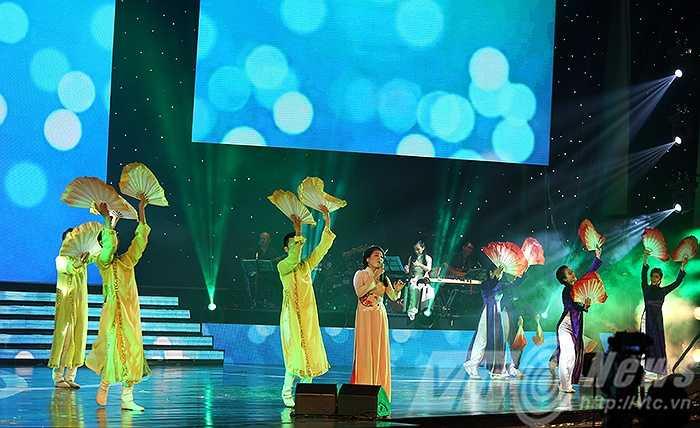 Ca sỹ Anh Thơ mang đến người nghe sự ngọt ngào của ca khúc 'Ở hai đầu nỗi nhớ'