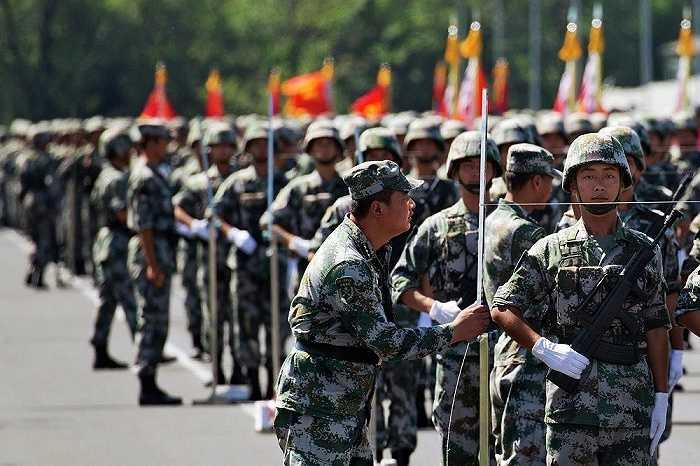 Đại tướng Wang Shun, Phó Tổng tham mưu Quân đoàn Bắc Kinh, phát biểu trong một cuộc họp báo 'Chúng tôi sẽ cho cả thế giới thấy một lễ duyệt binh đặc biệt và ấn tượng'