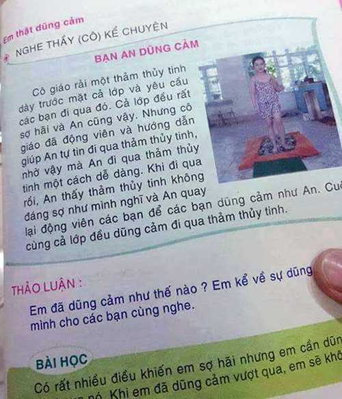 Bức ảnh được chụp lại trong cuốn sách dạy kỹ năng cho trẻ lớp 1 khiến phụ huynh bức xúc
