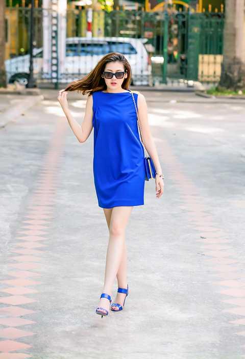Màu xanh blue từ trước tới nay vẫn được xem là một trong những màu hoàng tộc. Nó được xem là một trong những màu cao quý và rất được các hãng thời trang yêu thích sử dụng trong mỗi mùa mốt.
