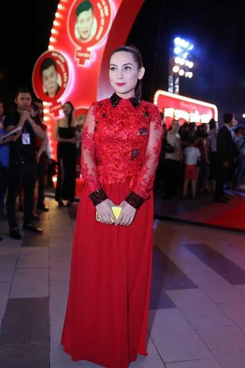 Ca sĩ Phi Nhung trong buổi ra mắt bộ phim Hy sinh đời trai.