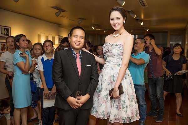 Tên của triển lãm 'Tôi có bạn' được lấy cảm hứng từ tình bạn giữa Đỗ Nhật Nam và Vũ Tuấn Kiệt.