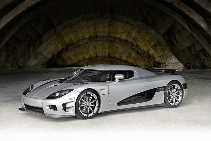 Siêu xe Trevita có vỏ bằng sợi carbon với công nghệ dệt kim cương độc quyền của Koenigsegg.
