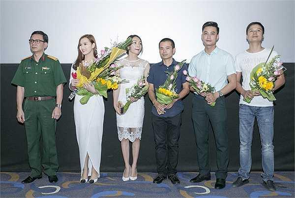 Trong phim, Lã Thanh Huyền vào vai nữ chính tên Mây, cô gái chịu nhiều nỗi đau chiến tranh.