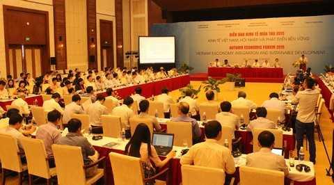 Các diễn giả tham gia Diễn đàn đều ủng hộ chương trình làm việc mới này, cho rằng, nó rất phù hợp với bối cảnh hiện nay, khi Việt Nam đang đứng trước ngưỡng cửa chính thức tham gia Hiệp định đối tác xuyên Thái Bình Dương (TTP) và những biến động của <a href='http://vtc.vn/kinh-te.1.0.html' ><a href='http://vtc.vn/quoc-te.311.0.html' >kinh tế thế giới</a></a> gần đây, đặc biệt là Trung Quốc, đang ảnh hưởng tiêu cực đến Việt Nam.