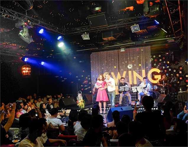 Đàm Vĩnh Hưng trở lại với đêm diễn cùng phần song ca ngọt ngào với cô học trò Thu Hằng The Voice 2015