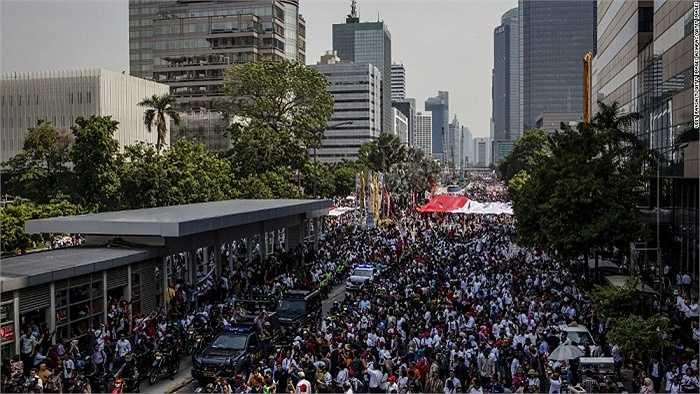 5.Indonesia được sự đoán sẽ tăng 110 triệu dân vào năm 2050 và xếp ở vị trí thứ 5 trên thế giới