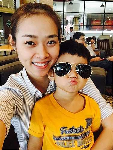 Sau khi ly hôn, Diệp Bảo Ngọc trở thành bà mẹ đơn thân.