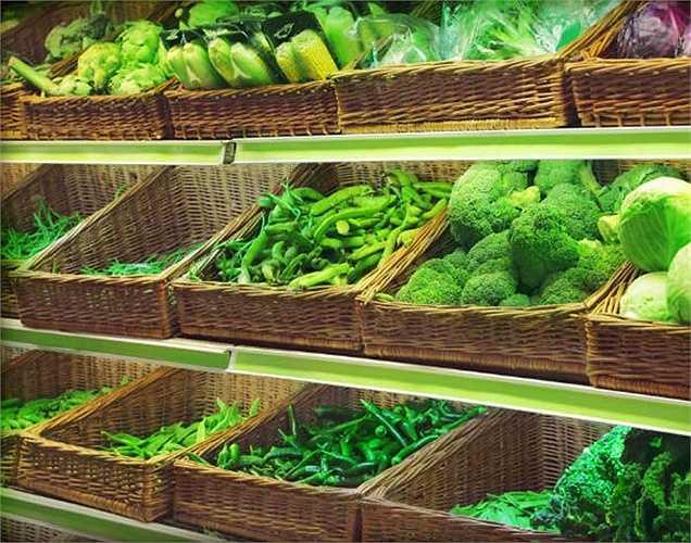 Ăn chay: Không nên chỉ  ăn chay để giảm cân. Cùng với việc thay đổi chế độ ăn uống, bạn cũng nên có thêm lịch tập thê dục. Nếu bạn nghĩ rằng chỉ rau mới có thể làm cho bạn giảm cân, bạn đã sai.