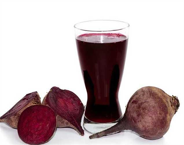 Củ cải đường: rất giàu nitrat, chế độ ăn uống giúp tăng lưu lượng máu đến não. Thực phẩm này giúp tập trung và chú ý một cách tốt hơn.