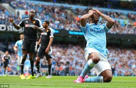 Sterling tiếc nuối khi không thể giúp Man City ghi bàn