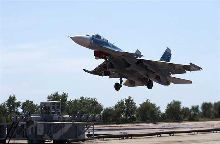 Chiến cơ đa chức năng Sukhoi Su-33