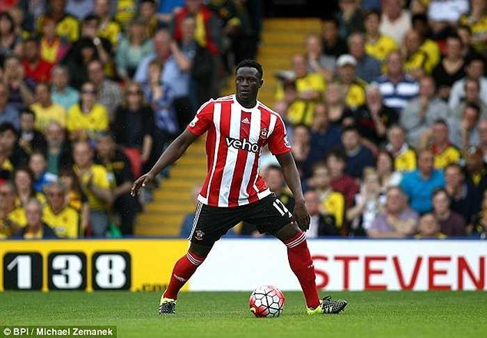 Cùng với Schneiderlin, Wanyama được đánh giá rất cao tại Southampton. Totteham đang thuyết phục The Saint nhượng lại với giá 20 triệu bảng