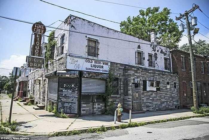 Nhiếp ảnh gia Donovan cho biết: 'thành phố Camden không phải địa điểm an toàn và tôi chỉ đi qua đó vài lần'.