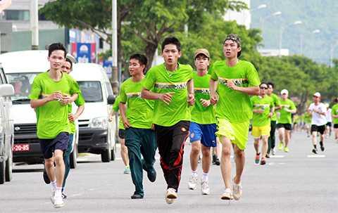 hàng ngàn, vận động viên, chuyên nghiệp, du khách, người dân, Đà Nẵng, Cuộc thi, Marathon quốc tế