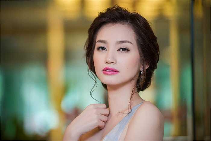 Hoa hậu Trúc Diễm chính thức lên xe hoa vào tháng hai vừa rồi với một đám cưới ấm cúng bên gia đình và bạn bè.