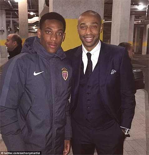 Martial được so sánh với Henry nhờ phong cách thi đấu và vị trí khá giống nhau