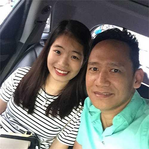 Về định hướng cho con gái, Duy Mạnh cho biết, anh muốn Thu Cầm du học ở nước ngoài để nâng cao chuyên môn mà cô bé đang học là dương cầm.