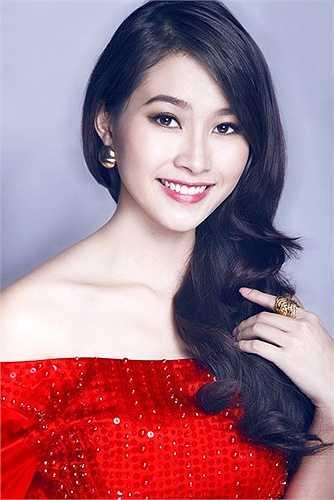 Những hình ảnh mới nhất của Hoa hậu Việt Nam 2012