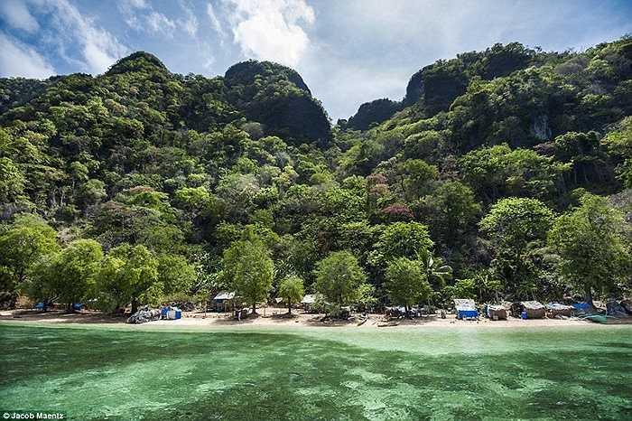 Ngôi làng bên biển xinh đẹp của bộ lạc Tagbanua