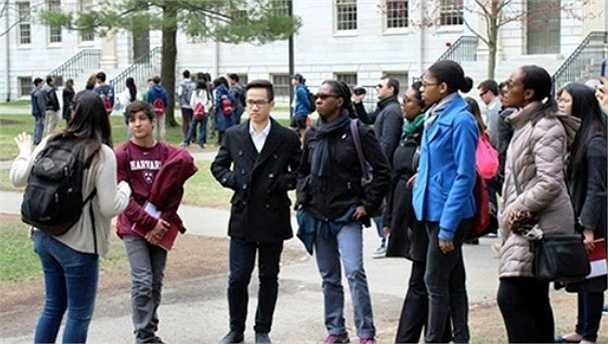 Trường Nam đã đạt được số điểm ấn tượng và giành học bổng tại 4 trường Đại học của Mỹ, trong đó có Đại học Harvard với chuyên ngành lập trình.