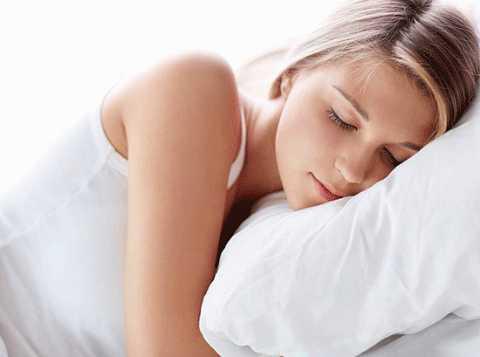 Ngủ ít hơn 6 giờ mỗi đêm tăng nguy cơ mắc cảm cúm 4 lần