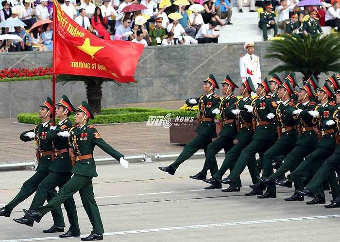 Cuộc diễu binh, diễu hành tập hợp những lực lượng ưu tú nhất của quân và dân Việt Nam.