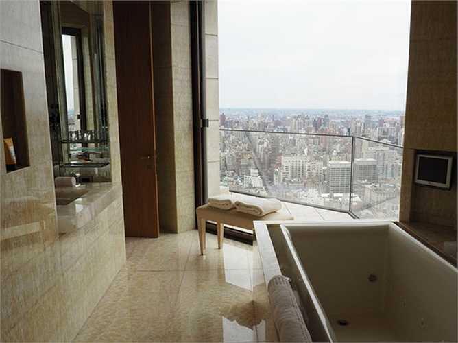 Phòng tắm được làm bằng loại đá mã não quý hiếm