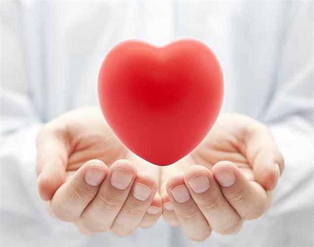 Ảnh hưởng đến tim của bạn: Tiêu thụ quá nhiều cà phê làm tăng nhịp tim và kích thích hệ thống thần kinh. Nhịp tim nhanh có thể nguy hại đến sức khỏe. Caffe cũng góp phần làm tăng huyết áp và bệnh huyết áp cao.