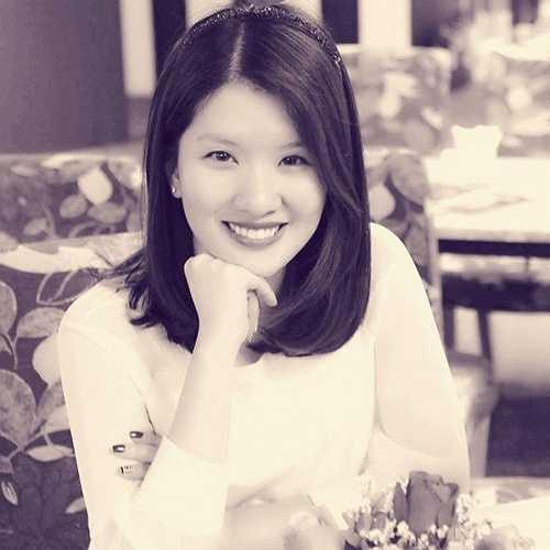 Con gái lớn của danh hài tên Huyền Trang, sinh năm 1986. Hiện tại, Huyền Trang đã lập gia đình với ông xã là mối tình gắn bó hơn 9 năm. Bố mẹ chồng của cô làm nhân viên lãnh sự ở Houston, Mỹ.