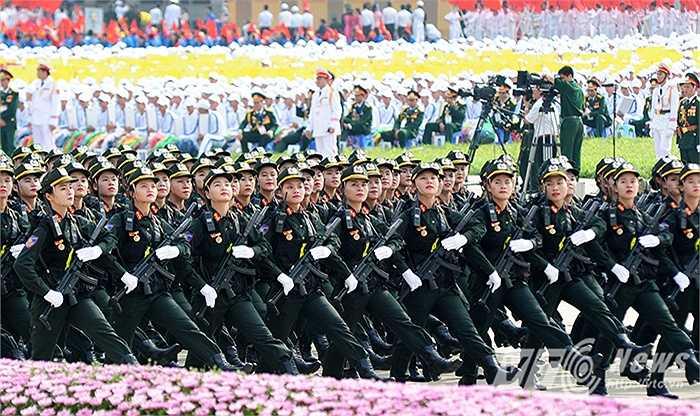 Lực lượng nữ Cảnh sát đặc nhiệm đặc biệt tinh nhuệ của Bộ Công An.