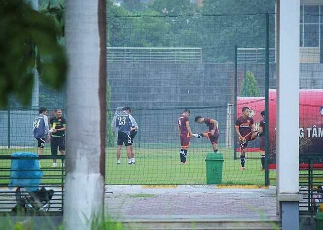 HLV Miura dự kiến sẽ cho học trò tập thêm 3 buổi nữa tại Đài Loan, trong đó có 1 buổi tập làm quen với sân Municipal -nơi diễn ra trận đấu giữa tuyển Việt Nam với chủ nhà vào 19 giờ ngày 8/9.
