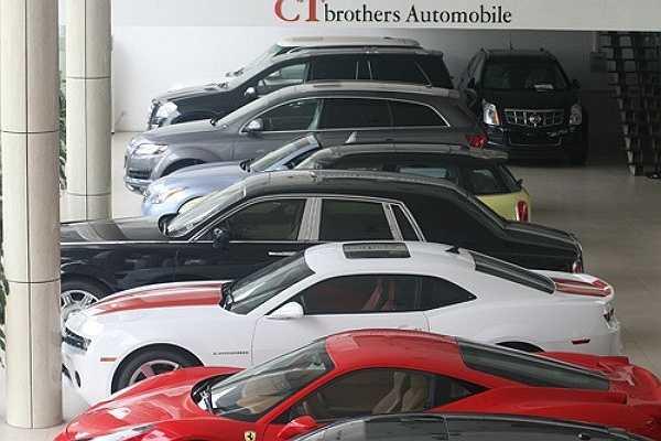 Đam mê siêu xe và thích rất nhiều xe, Cường Luxury sử dụng mỗi loại siêu xe khác nhau cho các công việc khác nhau. Nếu là đi chơi với bạn bè, anh thích Ferarri F458 vì sự trẻ trung. Nếu để đi làm công việc hàng ngày, anh lại thích chạy Rolls-Royce vì sự lịch lãm và sang trọng. Còn để đi các tỉnh với điều kiện đường không thật tốt anh sử dụng Range Rover Supercharged.