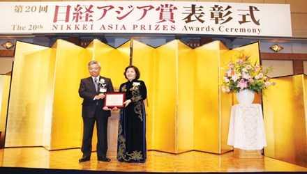 CEO Vinamilk Mai Kiều Liên là người phụ nữ Việt Nam đầu tiên và duy nhất được nhận Giải thưởng Nikkei châu Á 2015.