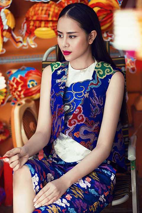 Không buồn vì điều đó, Sella Trương cho biết, cô muốn đi con đường chậm mà chắc.