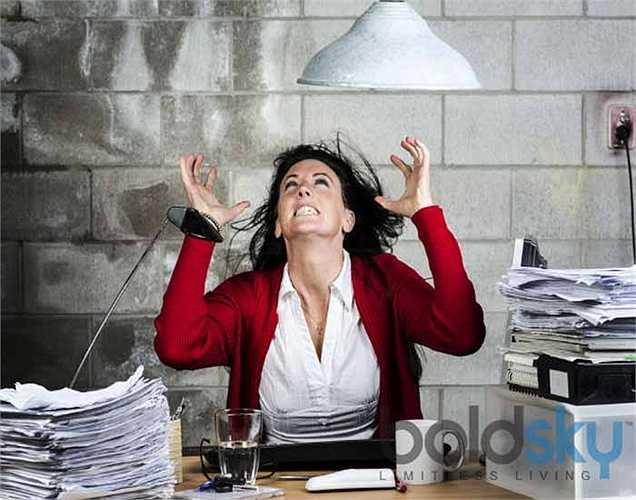 4. Căng thẳng: nó giết chết dần dần tâm trí của bạn. Vì vậy hãy loại bỏ căng thẳng ra khỏi cuộc sống tổng thể của bạn.