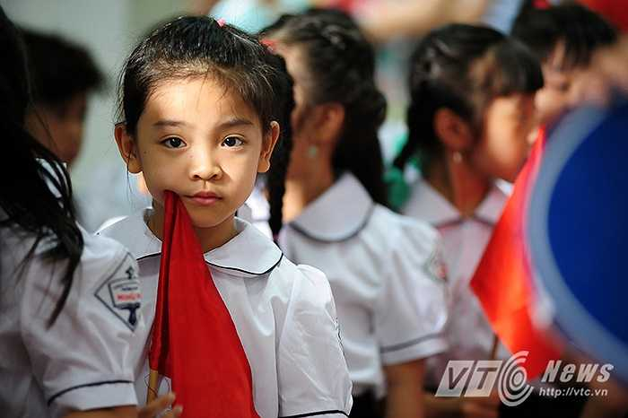 Lãnh đạo nhiều trường tiểu học trên địa bàn Hà Nội khẳng định lễ khai giảng năm nay sẽ được tổ chức ngắn gọn, trang trọng và chú trọng vào các hoạt động của học sinh, giáo viên.