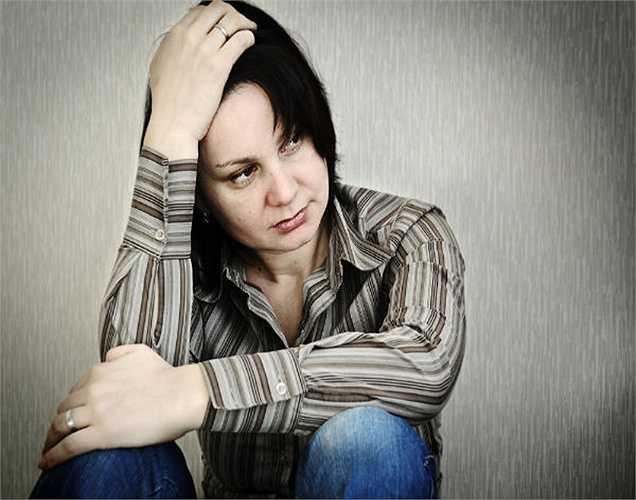 Các vấn đề mãn kinh: Các vấn đề mãn kinh xảy ra trong  90% phụ nữ. Dầu cám gạo ở dạng bất kỳ, giúp làm giảm các triệu chứng của thời kỳ mãn kinh như nóng và kích ứng.