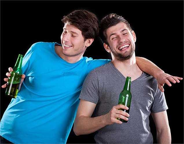 Thoát khỏi cơn say rượu: Mướp đắng có đặc tính chống nhiễm độc nên nó là lựa chọn tuyệt vời để giải rượu.