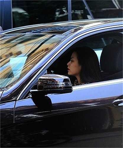 Hoàng THuỳ Linh thường xuyên tự lái chiếc xe này đi chơi hay đến các sự kiện.