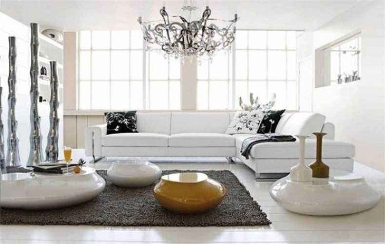 Không gian sinh hoạt chung gồm có phòng khách, phòng bếp, phòng ăn và nhà vệ sinh. Ghế sofa chữ L sang trọng, lịch sự.