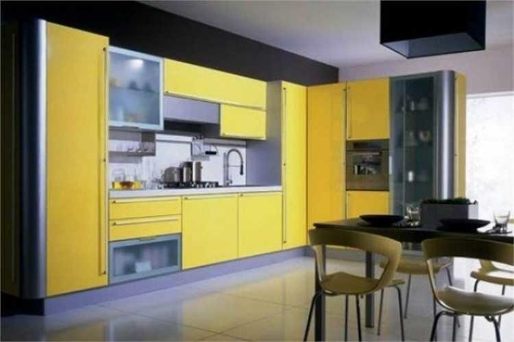 Không gian bếp hiện đại, gọn và đầy đủ các tiện nghi.
