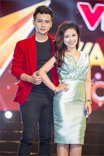 Vốn là những nghệ sĩ trẻ gắn bó với các chương trình của Đài truyền hình Việt Nam trong suốt những năm qua, Hà Anh, Dương Hoàng Yến đã có mặt ngay khi nhận được lời mời biểu diễn trong chương tình này.