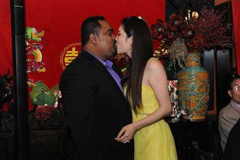 Ngày 12/12/2012, nữ ca sĩ Thu Phương đã chính thức đính hôn cùng Dũng Taylor.