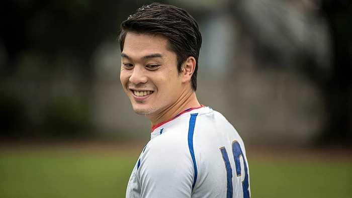 Trường hợp như Victor Chou không hiếm ở tuyển Đài Loan, bởi trong đội hình của họ có nhiều cầu thủ đến từ các CLB bán chuyên hoặc đang là sinh viên các trường đại học.
