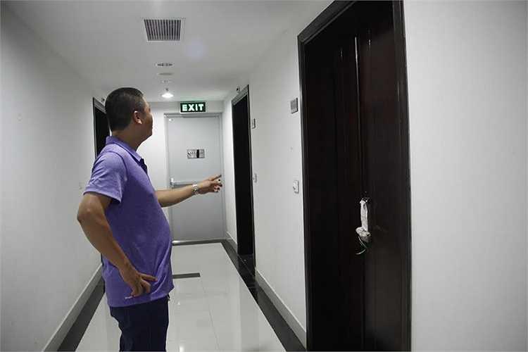 Chủ đầu tư cũng tự ý chia nhỏ căn hộ lớn thành 2 căn hộ nhỏ ở tầng 24