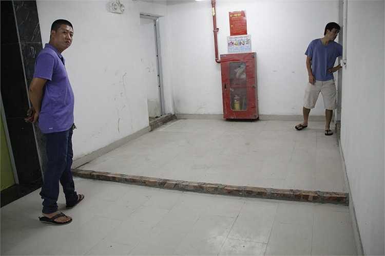 Chủ đầu tư phải xây 'con lươn' để chặn nước tràn ra sàn