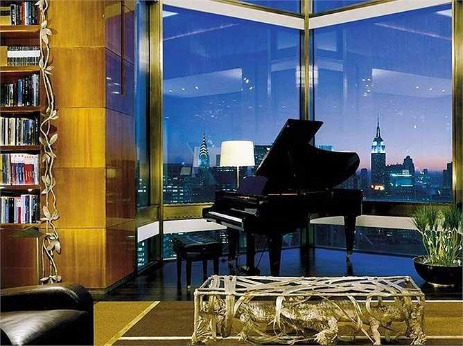 Penthouse Suite tại khách sạn Four Seasons New York: Nằm ở tầng 52, có thể ngắm khắp khu Mahattan. Giá 45.000 USD/đêm