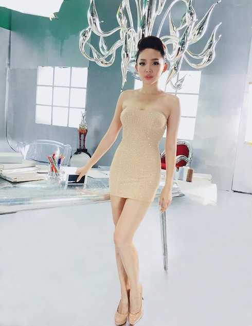 Tóc Tiên sexy